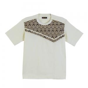 Men's Front Facing Symmetrical Yolk Design With Pattern Shirt.
